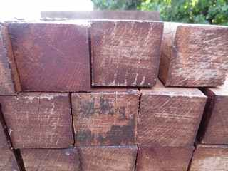 Hardhout 60x60mm ruw...
